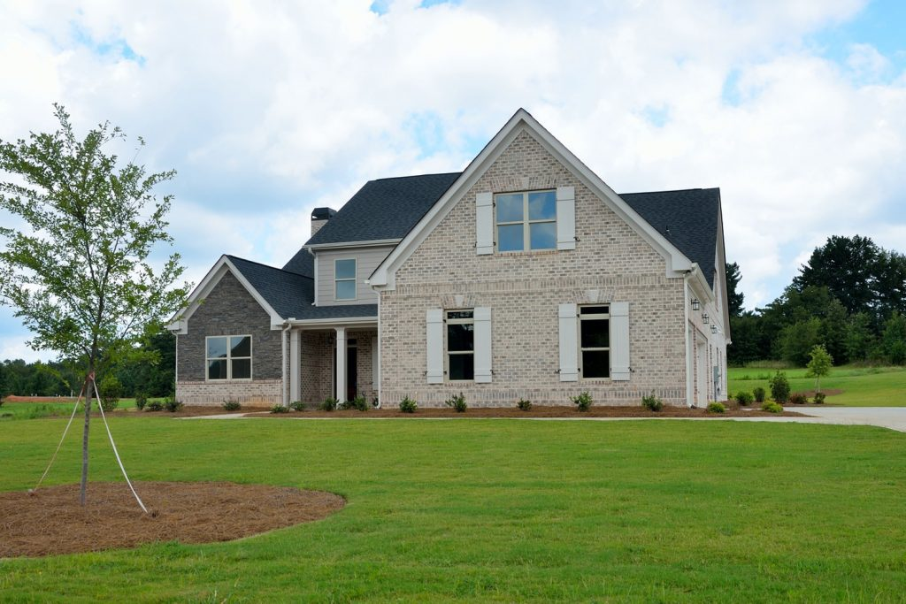 Newly build large detached home in large garden